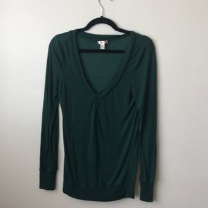 lux green long sleeve top